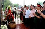 Người Việt tại Lào dâng hương tưởng nhớ các anh hùng liệt sĩ