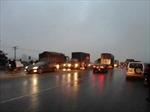 Xe container gãy trục, ách tắc 15km Quốc lộ 1A
