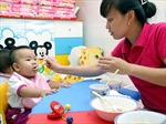 Dè dặt gửi trẻ từ 6 tháng tuổi tại các trường công lập