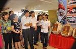 Triển lãm 'Hoàng Sa, Trường Sa là của Việt Nam' tại Đất Tổ