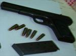 Phát hiện đối tượng có súng, giả danh thẩm phán