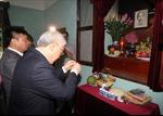Tổng Bí thư Nguyễn Phú Trọng dâng hương tưởng niệm Bác Hồ