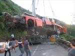 Thu giấy phép hãng xe Sao Việt sau vụ xe lao vực