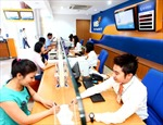 Hút khách lẻ với dịch vụ ngân hàng đa dạng