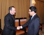 Phó Thủ tướng Phạm Bình Minh tiếp Thứ trưởng Ngoại giao Vatican
