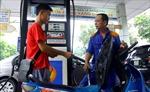 Bộ Tài chính đề nghị các DN giảm giá xăng dầu