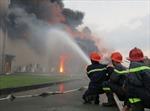 Vụ cháy tại công ty Sakata: Toàn bộ nhà xưởng thành tro