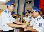 Trao huy hiệu 'Tuổi trẻ dũng cảm' cho cán bộ, chiến sĩ cảnh sát biển
