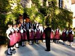 Dàn hợp xướng dân ca Thụy Sỹ biểu diễn tại Việt Nam