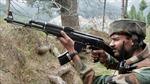 Binh lính Pakistan, Ấn Độ đọ súng