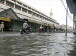 Triều cường biến chợ Bình Dương thành 'bể nước'
