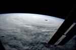 Hình ảnh 'khủng' về cơn bão mạnh nhất 2014