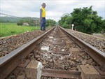 Tàu hàng gặp sự cố, đường sắt Bắc-Nam tê liệt tại Phú Yên