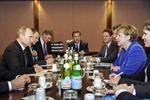 Thủ tướng Đức gặp nguyên thủ Nga, Ukraine