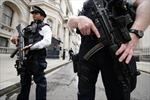 Anh đẩy mạnh điều tra chống khủng bố