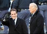 Con trai Phó Tổng thống Biden bị loại ngũ vì dùng ma túy