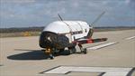 Tàu vũ trụ bí mật X-37B của Mỹ trở về Trái đất