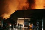 Khống chế vụ cháy lớn Khu công nghiệp Quang Minh
