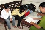 Phạt một người Trung Quốc 20 triệu đồng vì 'xem mặt chọn vợ'