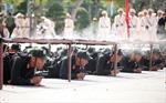 Xem Cảnh sát Cơ động trình diễn tuyệt kỹ khí công