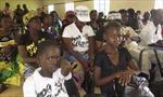 Ebola lan rộng do tập tục tang lễ