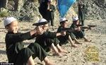 IS huấn luyện chiến binh trẻ em