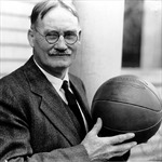 James Naismith, 'cha đẻ' của bóng rổ