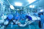 Tặng bằng khen y bác sỹ cứu chữa chiến sĩ vụ trực thăng rơi