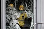 Kính nhà chính quyền Hong Kong vỡ toác sau đụng độ