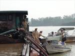 Bắc Ninh tạm giữ 4 tàu hút cát trên sông Đuống