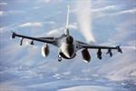Máy bay Nga đột ngột cắt ngang đầu phi cơ Na Uy