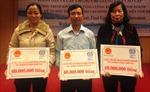 Ba nông dân giành giải thưởng khởi sự doanh nghiệp