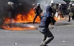 Bạo lực bùng phát tại Hy Lạp