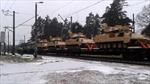 Tàu chở vũ khí Mỹ chạy rầm rập xuyên Latvia