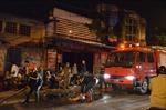 Cháy xưởng sửa xe máy sát cảng Hà Nội