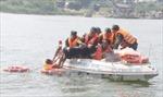 Cứu kịp thời 10 ngư dân từ tàu cá bị chìm