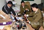 Hà Nội thu giữ 61 thùng rượu ngoại nhập lậu