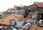 Triều cường uy hiếp 30 căn nhà tại Phú Yên