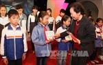 Trao học bổng 'Cùng em đến trường' tại Bắc Ninh