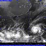 Bão Jangmi hoạt động gần Biển Đông