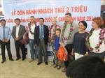 Sân bay Cam Ranh đón hành khách thứ 2 triệu