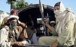 Pakistan cho phép tòa án binh xét xử phiến quân
