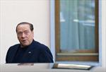 Cựu Thủ tướng Berlusconi xin tha phạt sớm