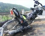 Ô tô va xe máy, 2 người tử vong