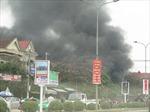 Nghệ An khẩn trương dập đám cháy trên Quốc lộ 1A