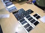 Cán bộ sân bay tiếp tay buôn lậu iPhone, iPad