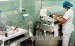 Những 'người mẹ' thầm lặng ở bệnh viện ngày cuối năm