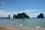 Phát triển du lịch gắn với phát triển kinh tế ven biển