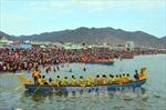 Ninh Thuận khai hội đua thuyền rồng mở lạch ra khơi đầu xuân