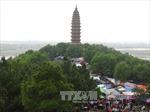 Hàng vạn du khách dự lễ hội chùa Phật Tích